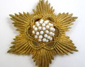 Ornate golden star with pearls vintage brooch, hexagram