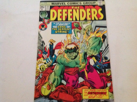 Marvel Comics Defenders Hulk 1970s Vintage Comic Book Doctor