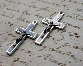 French Vintage cross lot  8 crucifix in silver tone metal lucite vintage pendant charms white blue