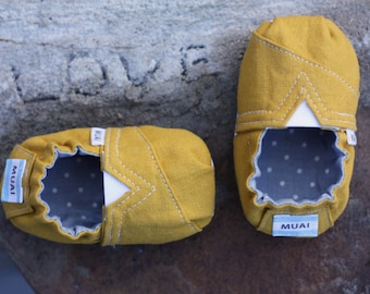 PATTERN: TOMS-Inspired Baby Shoes - PDF Pattern (Now Instant Download!)