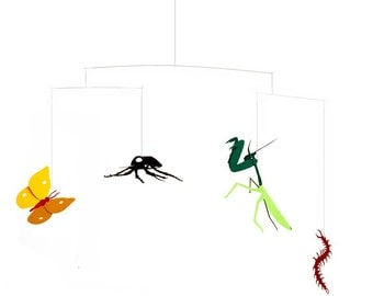 Bugs Mobile / Insects Praying Mantis Butterfly Beetle Centipede / Creepy Crawlies