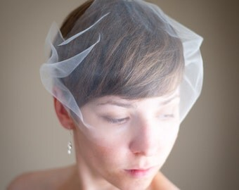 Bandeau Illusion Tulle Birdcage Wedding Veil (Bridal Veil, Blusher Veil, Small Veil, Bird Cage Veil, Mini Veil)