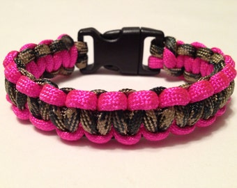 Woodland Camo and Hot Pink Paracord Survival Bracelet size L (Army Sniper Made)