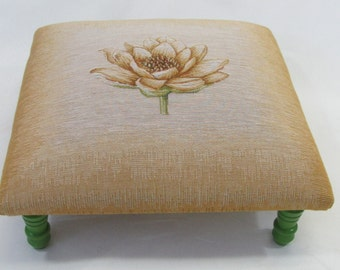 Corona Decor Co. Maggie French Woven Footstool