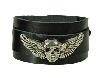 "Leather bracelet ""skull wings"""