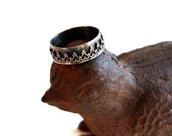 Sterling Silver Crown Gothic Arch Wide Band Ring, Cocktail ring, Silver crown ring