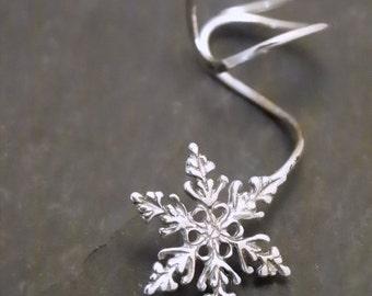 Sterling  EAR CUFF -  SNOWFLAKE - Intricate Silver Earcuff