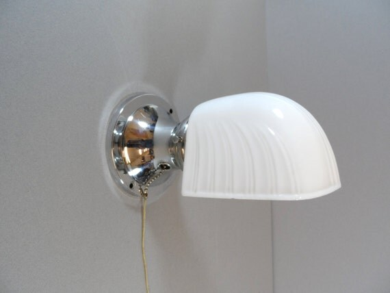 Milk Glass Bath Light: Vintage Art Deco Milk Glass Lamp Light Shade Wall By