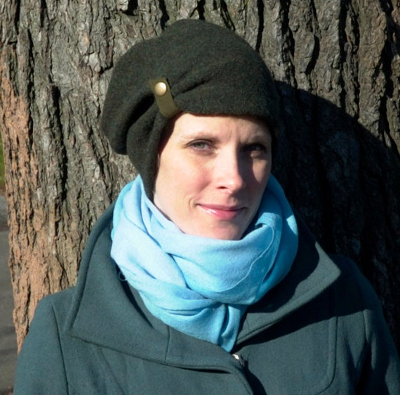 Slouchy Hat in Mossy Green Boiled Wool : Womens Hats - Rita