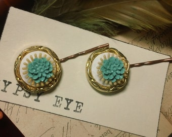 Turquoise and Melon vintage lucite and button retro inspired bobby pins