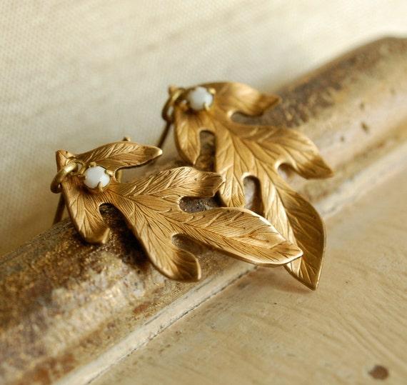 oak leaf earrings, golden brass, autumn jewelry, realistic metal leaf
