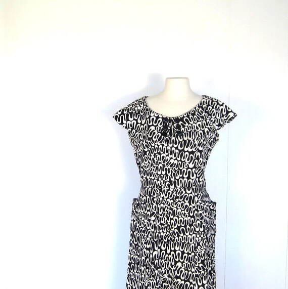 Vintage 50s Dress / 1950s Dress / Abstract Print Dress / Large L