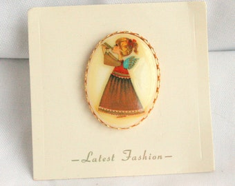 Vintage Christmas Angel Brooch Transfer Picture Pin Cream Oval Ceramic Retro Child