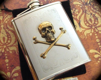 Skull Flask Antiqued Brass Skull & Crossbones Pirate Flask Gothic Victorian Steampunk Flask Vintage Inspired Holds 6 oz Hip Flask New