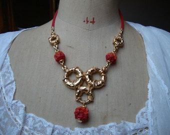 Pretty Vintage French 'Le Ritz' Necklace, 1980's Jewelry, Paris Chic Vintage Accessory, Vintage Gold Plated Pendant