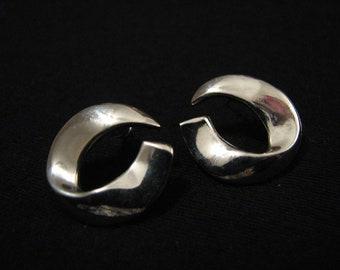 Vintage Monet Silver Tone Swirled Round Circle Pierced Earrings