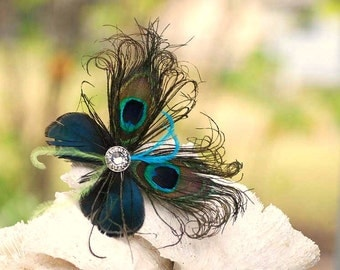 MINI Peacock Feather Butterfly Fascinator COMB / Pin. Peacock Hair Accessory, Bride Bridesmaid Flower Girl Hair Pin. Paon Papillon Statement