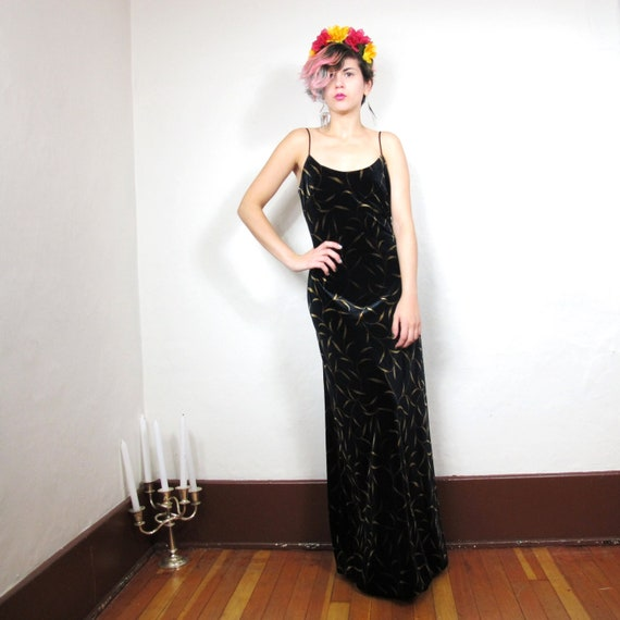 S A L E 90s Black Velvet Backless Vine Print Gown (Xs/S)