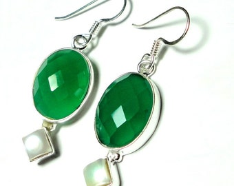 Green Onyx Earrings Emerald Green Faceted Onyx Oval and Pearl Earrings Set in Sterling