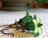 Hunter Green Flower Earrings - Frosted Flower Earrings, Floral Earrings, Vintage Style Jewelry, Nature Jewelry, Oregon, Flower Jewelry
