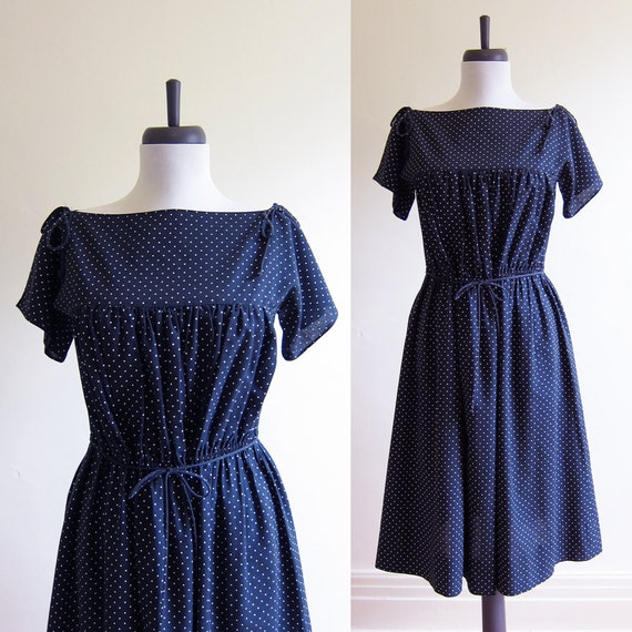 Vintage 1970s Dress / 50s Style Black & White POLKA DOT BATEAU Dress / Size Medium