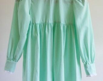 girls vintage dress - 70s prairie dress - mint green dress with eyelet trim - kids vintage - flower girl dress