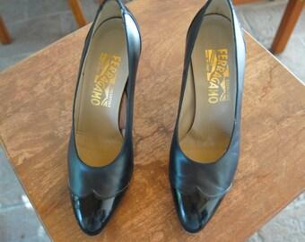 Vintage Navy Blue Salvatore Ferragamo Heels with Patent Leather Wingtips