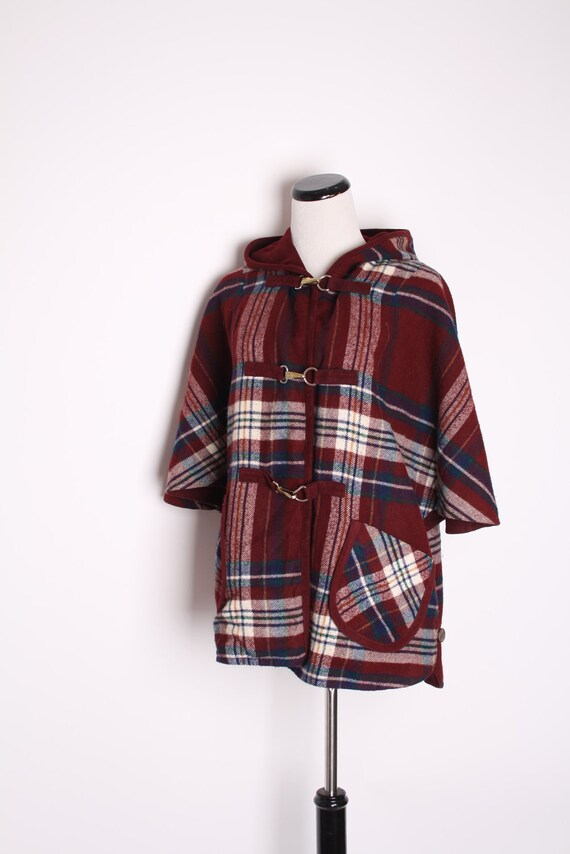 Vintage 1960s Plaid Tartan Reversible Cape / Vintage Cape / Cloak / Jacket / Coat / Maroon / Tartan / Fall Fashion / Autumn / 1308