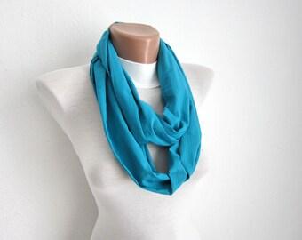 Turquoise infinity scarf,Eternity Scarf,Loop scarf,Circle