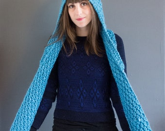 Vera - Hand knitted hooded scarf