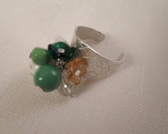 Vintage / GLASS FLOWERS / Ring / Art Glass / Crystal / Millefiori / Silver / Adjustable / Green / Amber / Retro / Mid Century / Accessory