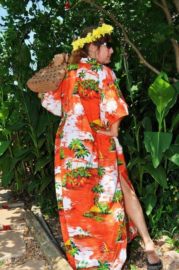 Vintage Hawaiian Kimono Dress Or Caftan Moo Moo 70s