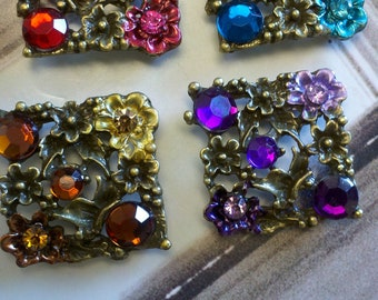 Assorted  Rhinestone Metal Beads with Antique  Brass  Motif  Metal Base  Deluxe Pack . Jewelry Supply ,Buckles. Red, Purple, Amber and Blue.