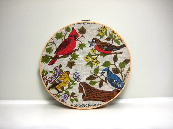 Vintage Bird Wall Decor, Textile Art in Embroidery Hoop, 1970s Colorful Wall Hanging, Printed Illustration, Tea Towel Calendar