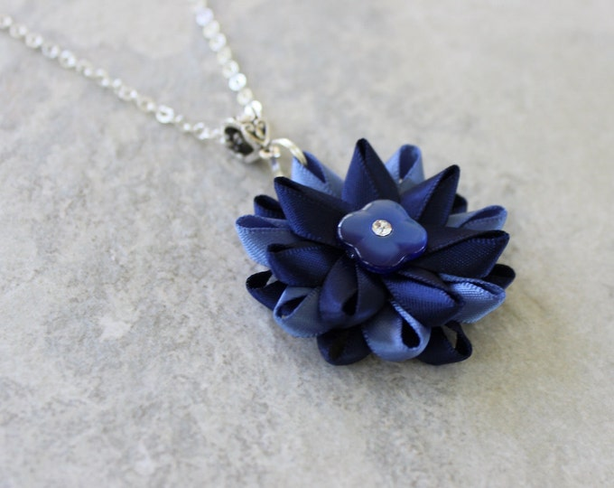 Navy Blue Necklace, Navy Blue Flower Necklace, Navy Blue Pendant Necklace, Dark Blue Necklace, Navy Blue Bridesmaid Necklace, Pretty Pendant