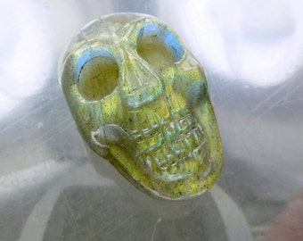 LABRADORITE Skull. Golden Sheen. Hand Carved. Memento Mori. 1pc. 23.10cts. 15x23x10mm (LAB237)