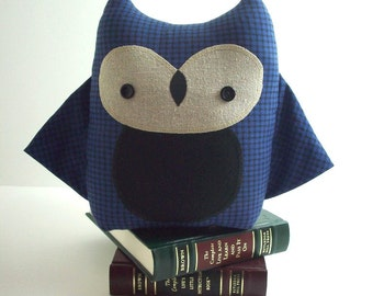 Owl plush in blue and black plaid