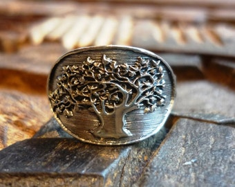 Sterling Silver Ring, Tree of Life Ring, Oval Silver Ring, Oxidized Silver Ring, Carved Silver Ring, Carved Tree Ring, Tree Shape Ring