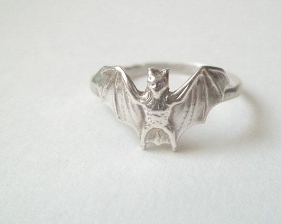 Silver Bat Ring, Handmade Silver Ring, Animal Ring, Animal Jewelry