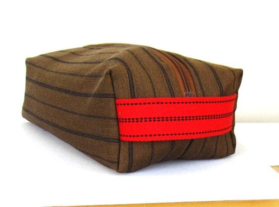 Dopp kit, men's toiletry bag , wash bag, travel pouch in striped wool