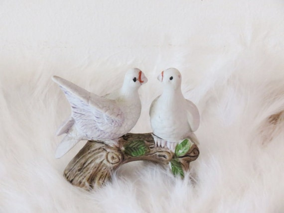 Vintage Porcelain Turtle Dove Love Birds Wedding Cake Topper