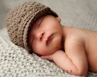 Brown-Eyed Boy Newsboy Crochet Hat Pattern (464)