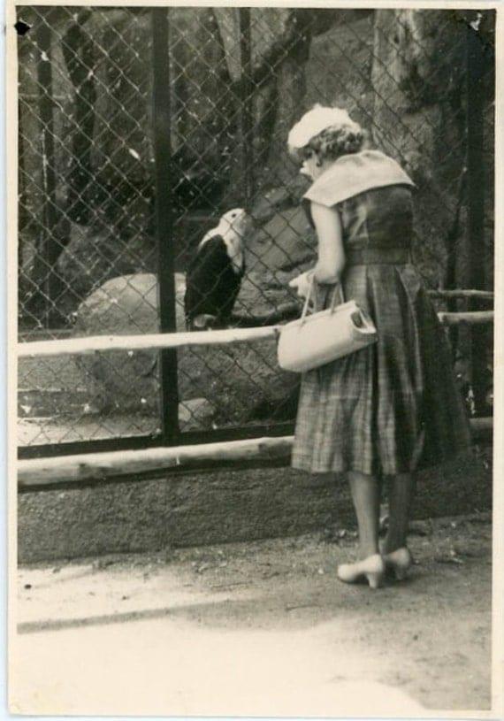 "Vintage Photo ""Hello Birdie"", Photography, Paper Ephemera, Snapshot, Old Photo, Collectibles - 0078"