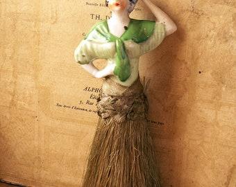 Vintage Vanity Clothing Brush with Porcelain Lady Handle - Flapper 1920's