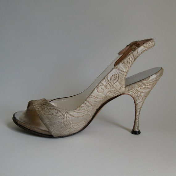 RESERVED Vintage 1950s Shoes Silver Brocade Wedding Stilletto High Heel Bridal Fashions
