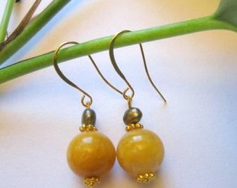 Yellow Jade and Brown Khaki  Pearls  Earrings  Fashion  Jewerly