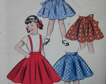 "Fabulous Vintage 50's Girls CIRCLE And SHIRRED SKIRT Pattern ""Quick and Easy"""