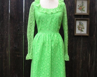 Vintage 60's Lace Dress FRESH FESTIVE FASHION