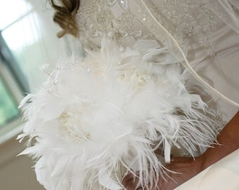 VINTAGE Style White Feather Flowers Bridal Bouquet - Pearls and Roses Ostrich Chandelle Feathers Wedding Bouquets Rose Custom Bride Colors
