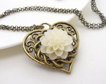 White flower necklace -Vintage ivory white flower and heart necklace, filigree antique bronze resin flower jewelry